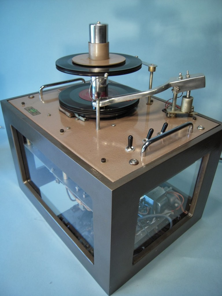 Ristaucrat Commercial 45RPM record player changer